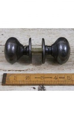 "Cast Iron Cottage Bun Door Knob 2""/50mm diam"